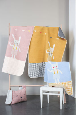 Couverture Lapin broderie offerte  (photo 1/2)